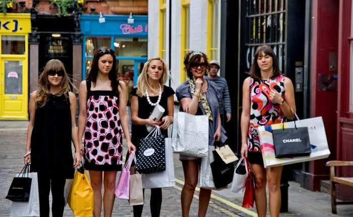 Shopping-and-traveling-saigon