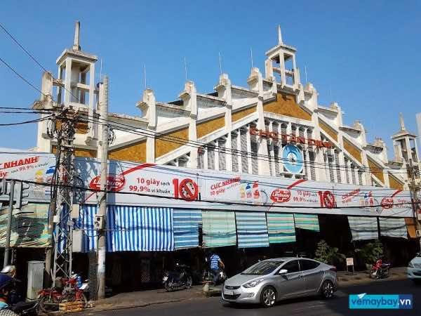 tan-dinh-market-saigon