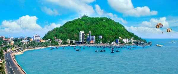 A-popular-weekend-getaway-near-Saigon-Vung-Tau-City