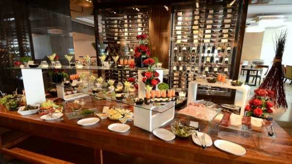 Delicious-buffet-restaurants-in-Ho-Chi-Minh-City
