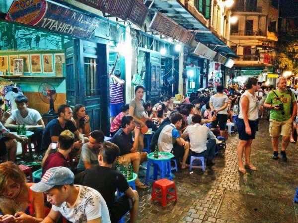 Enjoy-street-foods