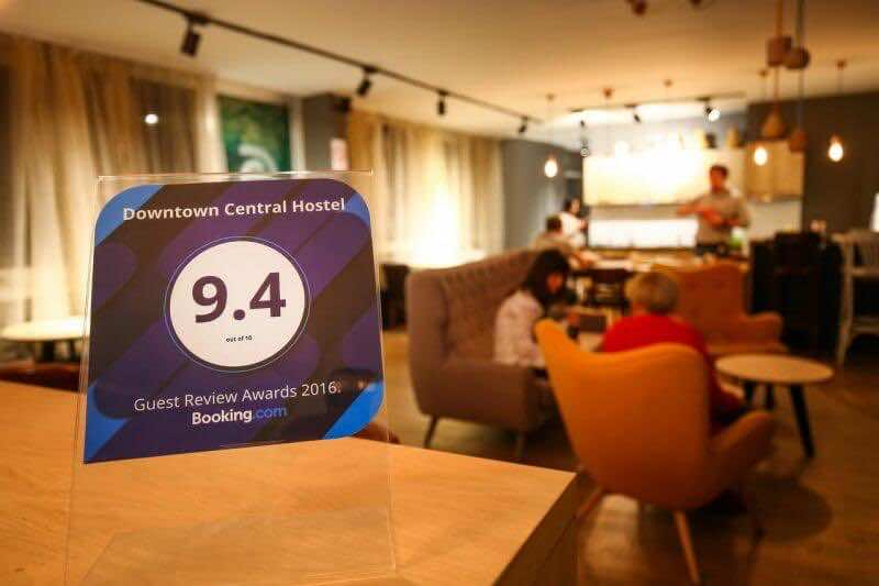 Stay-at-a-quality-hostel-with-good-reviews